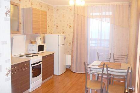 Сдается 1-комнатная квартира посуточнов Екатеринбурге, Щорса,103.