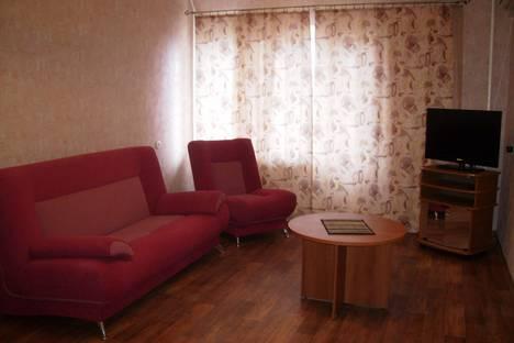 Сдается 2-комнатная квартира посуточнов Воронеже, Арсенальная 4а.