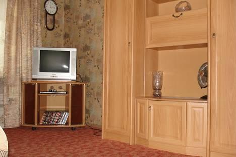 Сдается 1-комнатная квартира посуточнов Екатеринбурге, Московская, 225/1.
