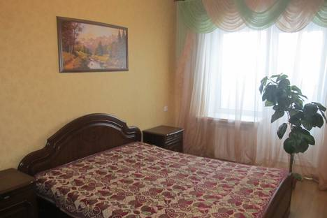 Сдается 2-комнатная квартира посуточно в Белгороде, Щорса 53.