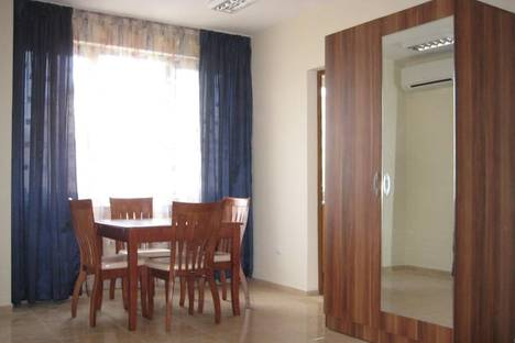Сдается 1-комнатная квартира посуточно в Помории, Профессор Стоянов, 38.