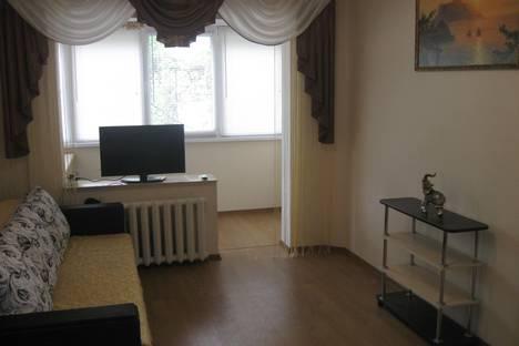 Сдается 1-комнатная квартира посуточно в Гурзуфе, ул. Соловьева 3.
