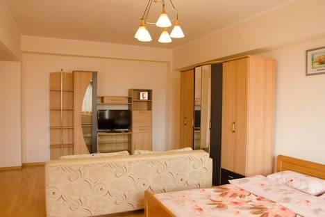 Сдается 1-комнатная квартира посуточно, Абая 141.