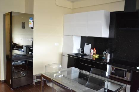 Сдается 3-комнатная квартира посуточно в Адлере, Кирова 30.