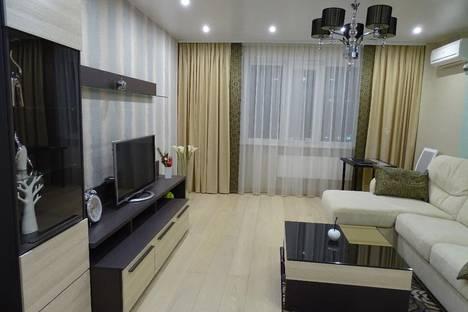 Сдается 2-комнатная квартира посуточно в Новосибирске, ул. Орджоникидзе, 47.