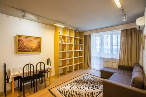 Сдается 2-комнатная квартира посуточно в Одинцове, Говорова, 52.