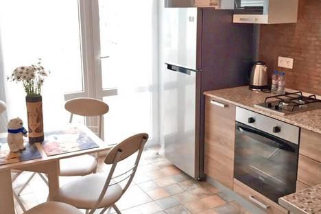 Сдается 1-комнатная квартира посуточно в Геленджике, Сурикова 60.