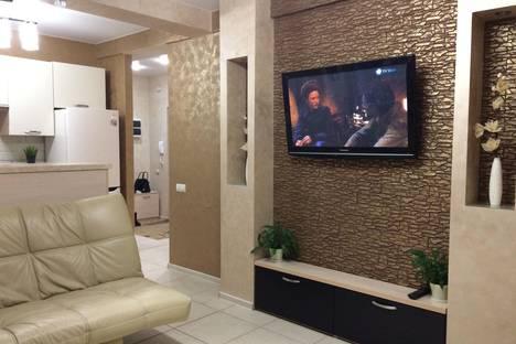 Сдается 2-комнатная квартира посуточно в Чебоксарах, ул. Ярославская, 72.