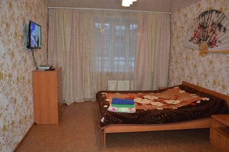 Сдается 1-комнатная квартира посуточно в Черногорске, ул. Калинина, 12.