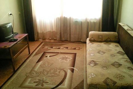 Сдается 1-комнатная квартира посуточно в Благовещенске, ул Горького114 кв 5.