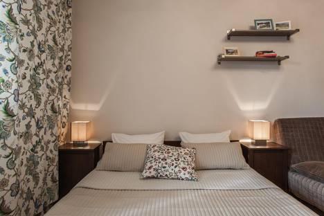 Сдается 1-комнатная квартира посуточнов Санкт-Петербурге, проспект Авиаторов Балтики 1 корп 1.