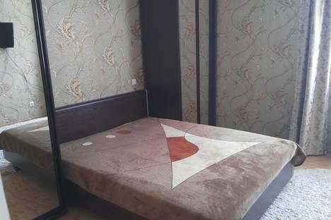 Сдается 1-комнатная квартира посуточно в Симферополе, Набережная, дом 75и.