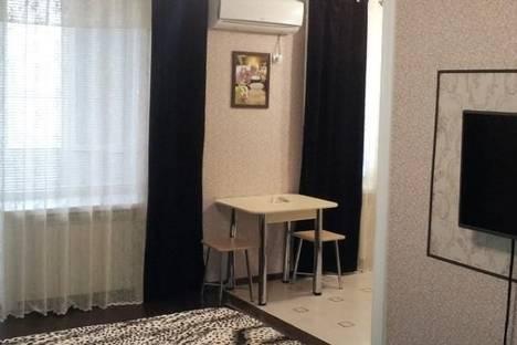 Сдается 1-комнатная квартира посуточнов Махачкале, Ярагского, 104.