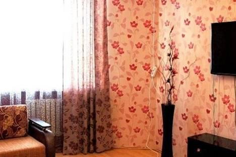 Сдается 2-комнатная квартира посуточнов Махачкале, Акушинского,1-б..