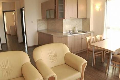 Сдается 3-комнатная квартира посуточнов Варне, Адмирал апартментс, 90.