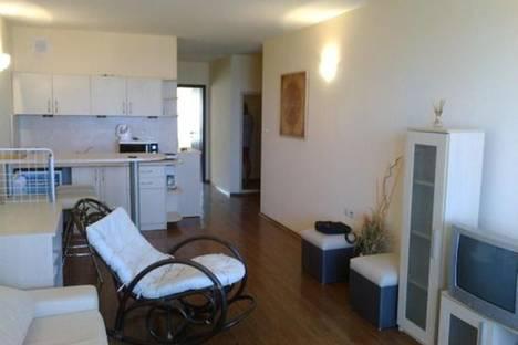 Сдается 2-комнатная квартира посуточно в Варне, Адмирал апартментс, 90.