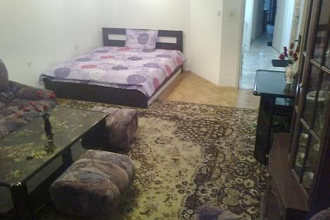 Сдается 3-комнатная квартира посуточно в Бургасе, Александровска, 3.