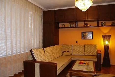 Сдается 3-комнатная квартира посуточно в Помории, Царя Освободителя, 30.