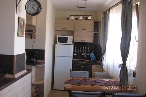 Сдается 2-комнатная квартира посуточно в Помории, Профессор Стоянов, 3.