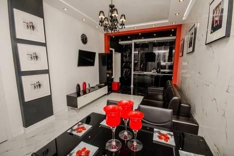 Сдается 3-комнатная квартира посуточно в Минске, Независимости 19.