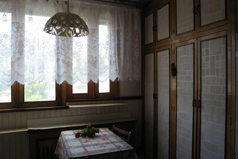 Сдается 1-комнатная квартира посуточно в Ялте, Макаренко, 8.