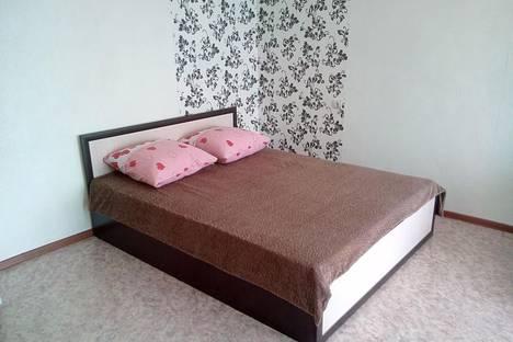 Сдается 1-комнатная квартира посуточно в Кызыле, калинина 20.