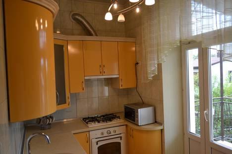 Сдается 2-комнатная квартира посуточнов Мирном, санаторская 14.