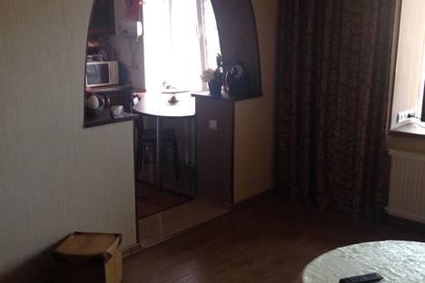 Сдается 2-комнатная квартира посуточно в Судаке, яблоневая 4.