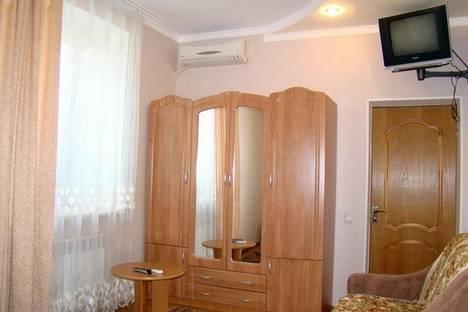 Сдается коттедж посуточно в Бердянске, Привокзальная, 91.