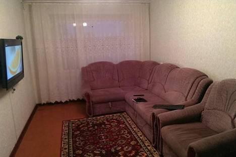 Сдается 2-комнатная квартира посуточно в Яровом, Квартал А, д. 10.