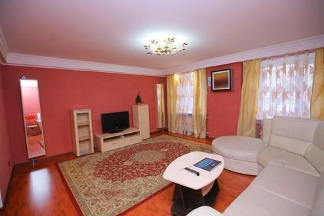 Сдается 2-комнатная квартира посуточно в Алматы, Мынбаева 49.
