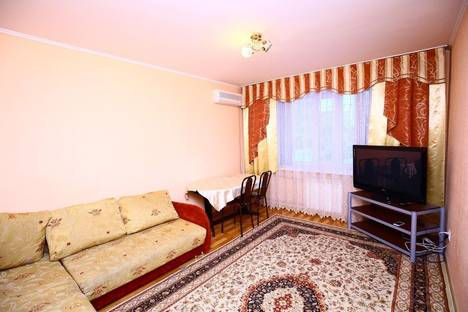 Сдается 2-комнатная квартира посуточно в Алматы, Розыбакиева,289.