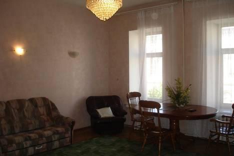 Сдается 3-комнатная квартира посуточнов Санкт-Петербурге, Чайковского 47.