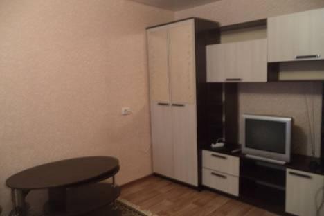 Сдается 1-комнатная квартира посуточно в Каменск-Шахтинском, ул. Ленина,  4.