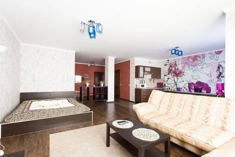 Сдается 1-комнатная квартира посуточно в Краснодаре, ул. Кубанская Набережная, 31/1.