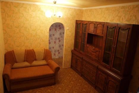 Сдается 1-комнатная квартира посуточнов Курчатове, Ленинградская 13.