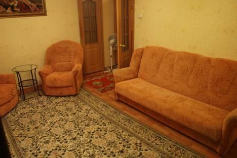 Сдается 2-комнатная квартира посуточнов Курчатове, Набережная 13.