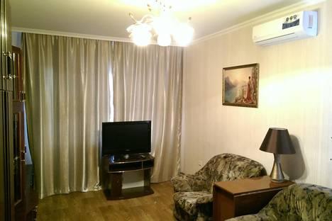 Сдается 3-комнатная квартира посуточно в Керчи, Ворошилова, 15.