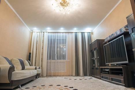 Сдается 3-комнатная квартира посуточно в Алматы, Сатпаева байзакова - микрорайон коктем 3. Д 15.