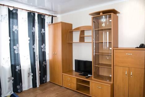 Сдается 1-комнатная квартира посуточно в Алматы, Толе би жарокова 7.