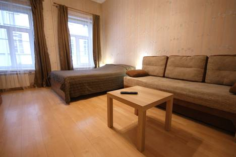 Сдается 2-комнатная квартира посуточнов Санкт-Петербурге, переулок Гривцова,  7.