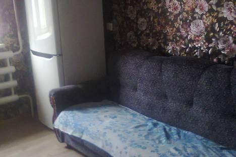 Сдается 1-комнатная квартира посуточно в Яровом, ул. 40 лет Октября, дом12.