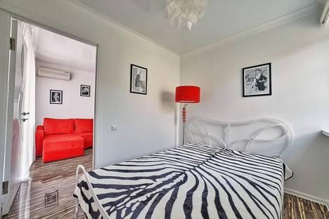 Сдается 3-комнатная квартира посуточно в Ростове-на-Дону, ул. Текучева,141.