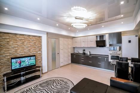 Сдается 2-комнатная квартира посуточно в Южно-Сахалинске, Пушкина 152А.