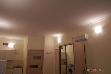 Сдается 1-комнатная квартира посуточнов Небуге, ул. Ленина, 34.