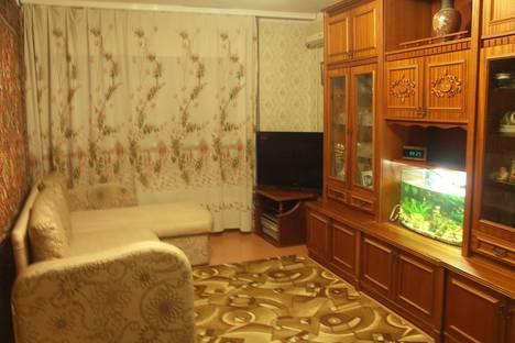 Сдается 2-комнатная квартира посуточно, чкалова 94.
