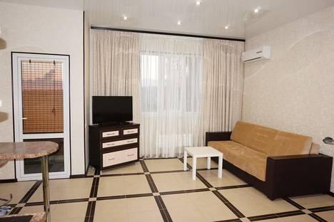 Сдается 1-комнатная квартира посуточно, Параллельная ул., 9лит7.