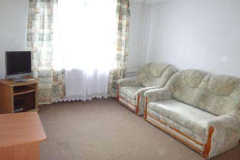 Сдается 1-комнатная квартира посуточнов Небуге, ул. Центральная, 5.