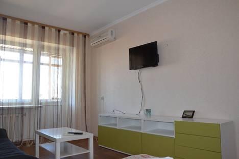 Сдается 1-комнатная квартира посуточнов Тюмени, ул. Малыгина, 56.