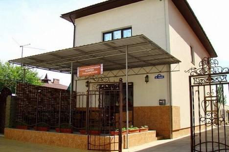 Сдается коттедж посуточно в Бердянске, ул. Чубаря, 190.